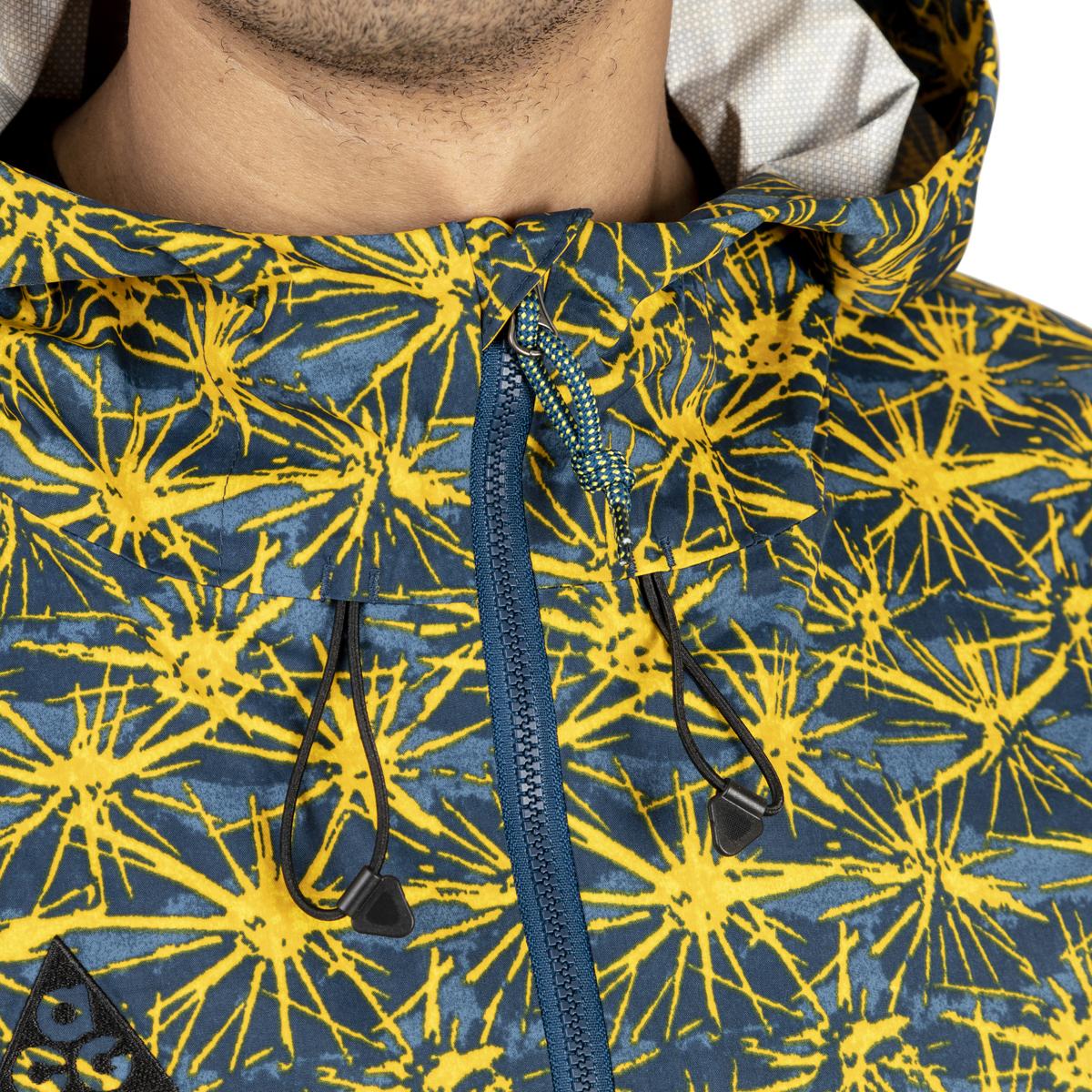 Nike AOP 2.5L Pocket Jacket